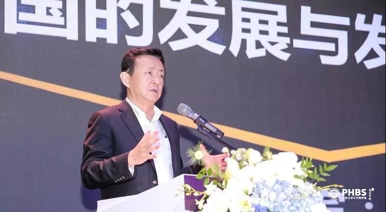 樊綱:深圳發展從學習模仿階段進入自主創新階段