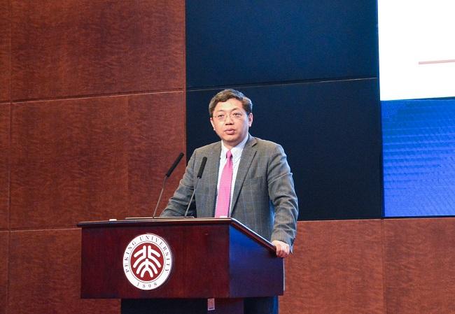 【大河报】巴曙松:疫情冲击倒逼新金融的变革与发展