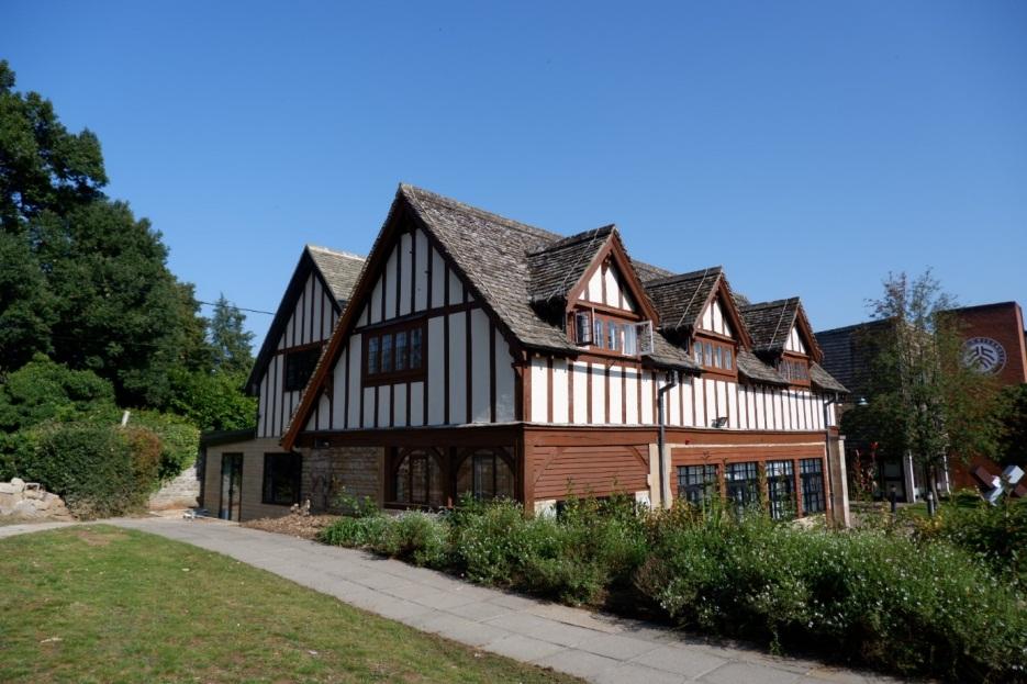 有自己的家了!北大汇丰英国校区首座学生宿舍落成启用