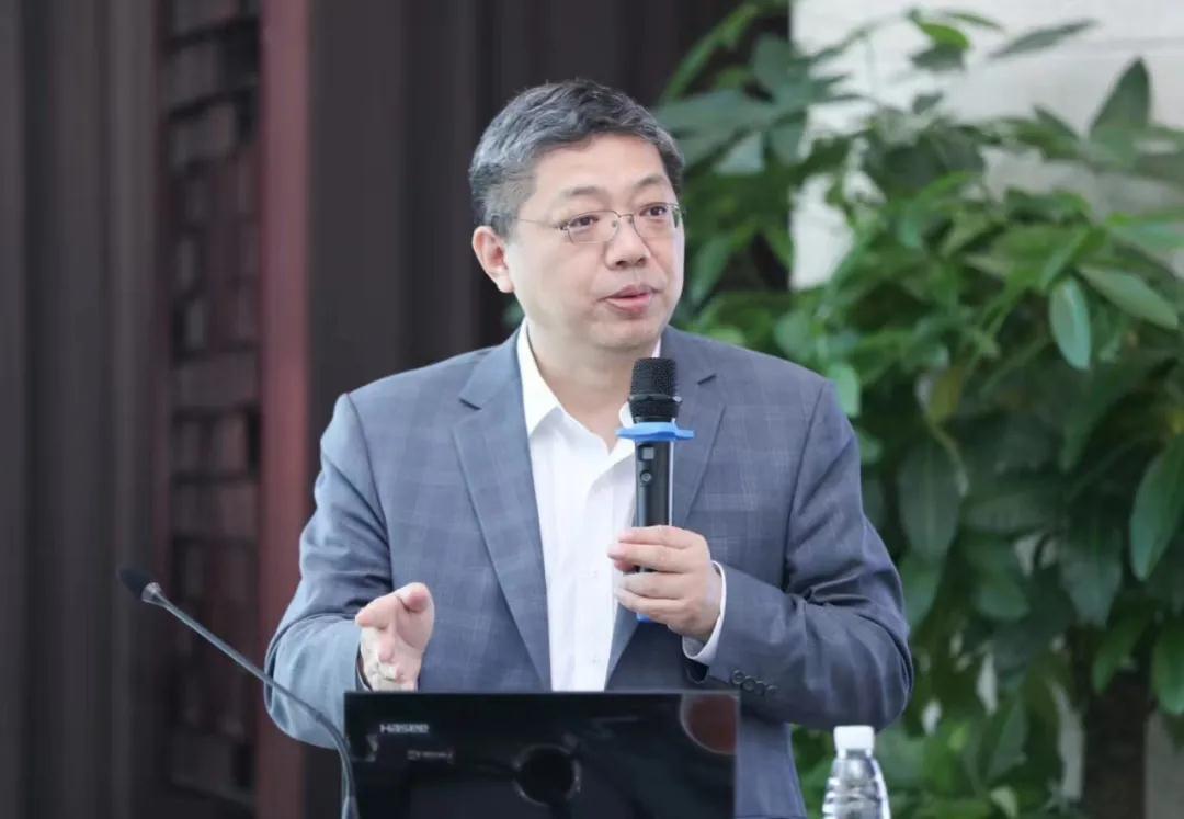巴曙松:双循环下中国城镇化新特征与房地产市场新趋势