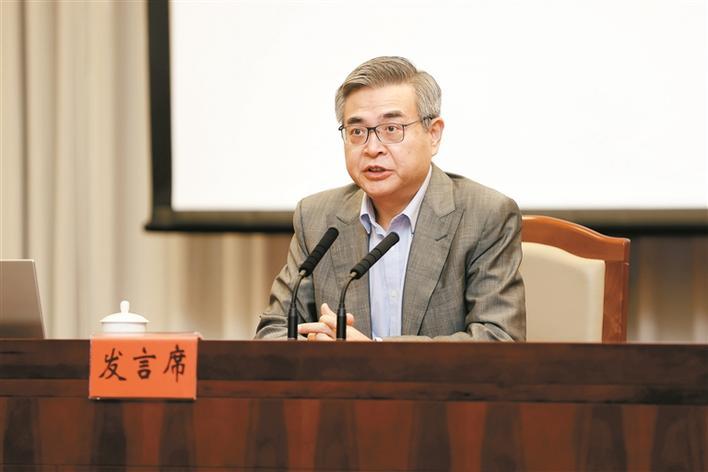 【深圳特区报】肖耿:深港无缝衔接打造离岸经济金融生态圈